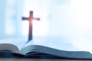"""Est-ce correct de prier Dieu en l'appelant """"papa"""" ?"""