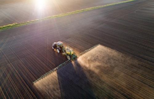 Les agriculteurs, entre impasses et innovations