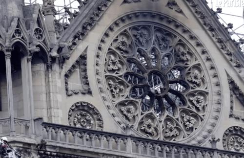 Incendie de Notre-Dame, du chaos à la création