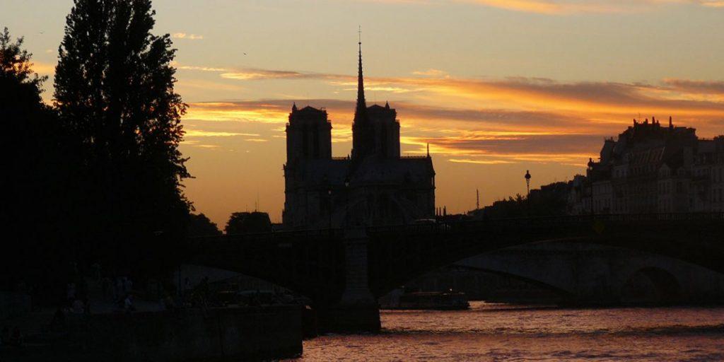 Le jour où Notre-Dame de Paris brûla