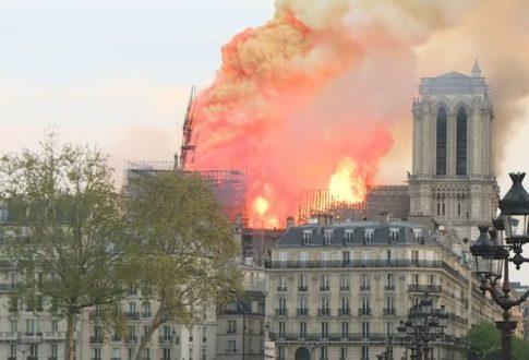 La cathédrale Notre-Dame ravagée par un incendie