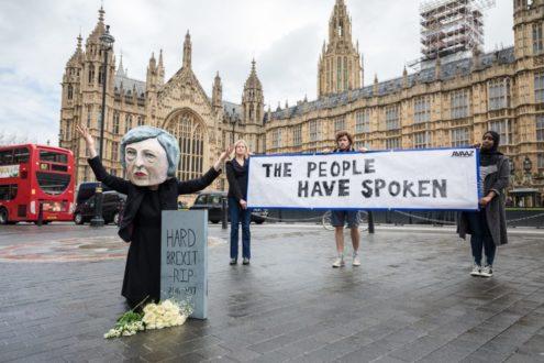 Royaume-Uni : Theresa May annonce sa démission
