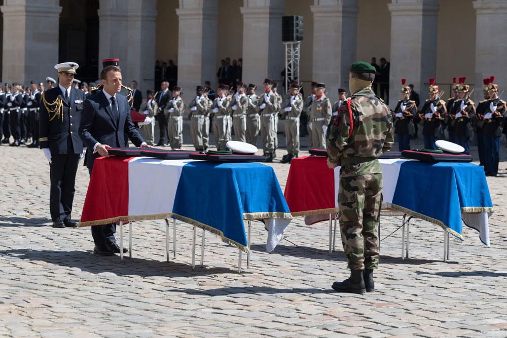 François Clavairoly raconte l'hommage national à Cédric de Pierrepont et Alain Bertoncello