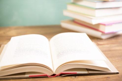 Des livres sur les pauvres et la pauvreté