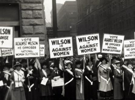 La foi : pour et contre le droit de vote des femmes