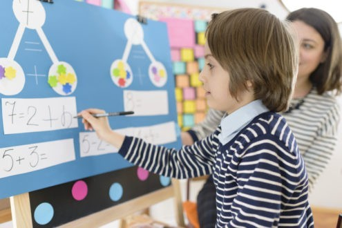Accompagner les enfants handicapés dans leur scolarité