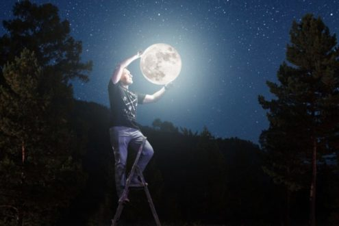 Ces mots et expressions autour de la Lune