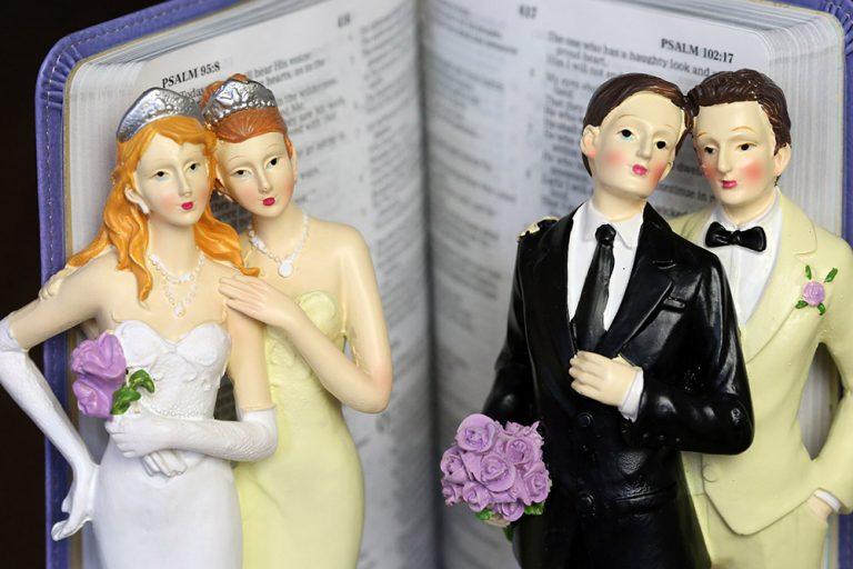 Bénir un couple de même sexe : le choix de chaque pasteur