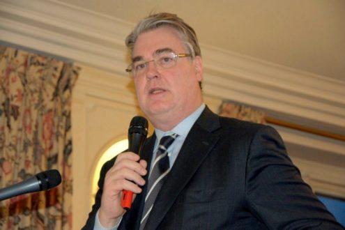Jean-Paul Delevoye, l'homme des retraites