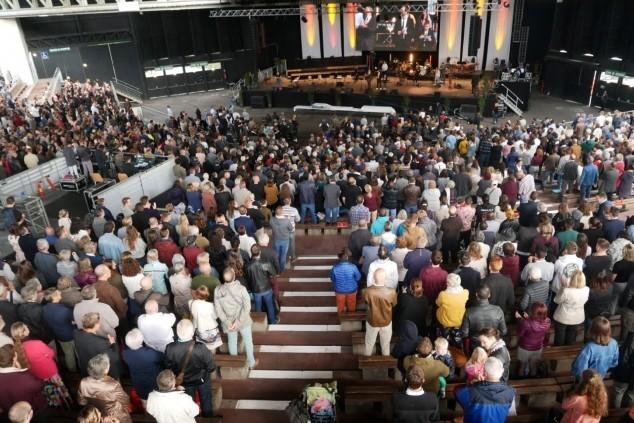 Un culte grand format à Colmar