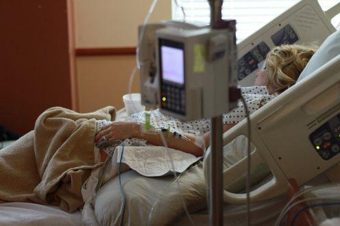 """Hôpital : """"Moins de malades, mais des pathologies plus lourdes"""""""