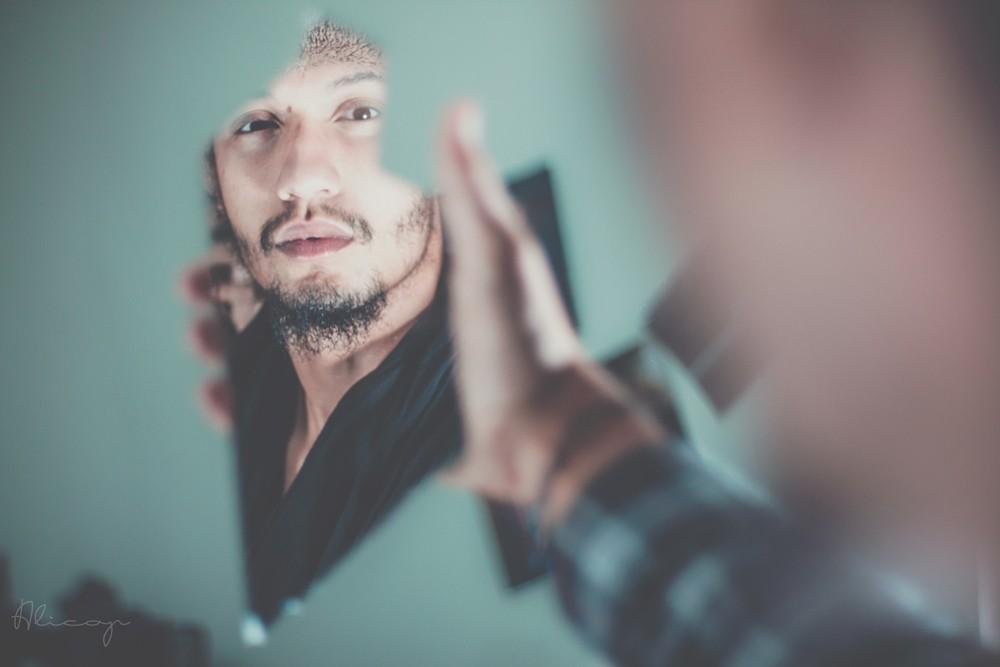 Le numérique, un miroir entre soi et le monde