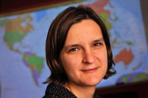 Esther Duflo, portrait d'une économiste engagée