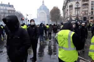 Gilets jaunes : un an après, où en est le mouvement ?