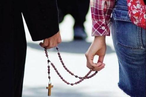 Église catholique : la fin du célibat des prêtres ?