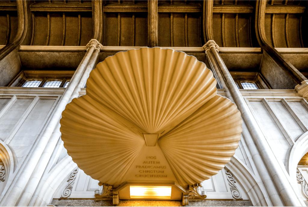 L'anglicanisme, savant mélange de catholicisme et de protestantisme
