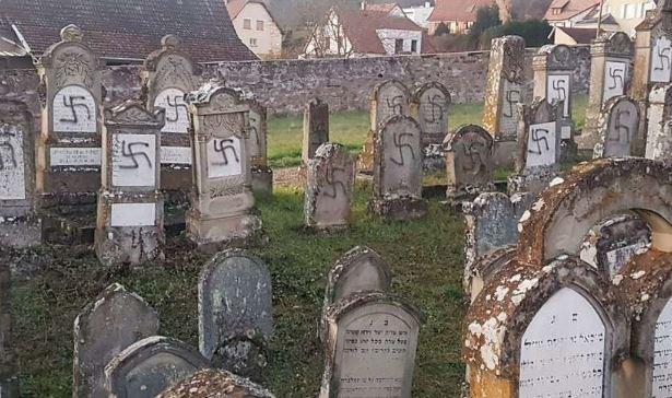 Un cimetière juif profané en Alsace