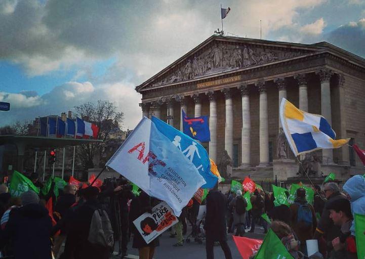 Manifestations contre le projet de loi bioéthique