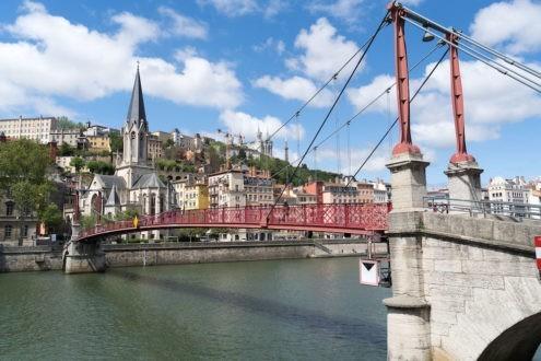 À Lyon, les associations protestantes débattent des difficultés de logement