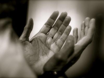 À quoi ça sert de prier face au covid-19 ? (4)