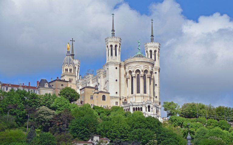 Une femme pour succéder à Barbarin à la tête du diocèse de Lyon ?
