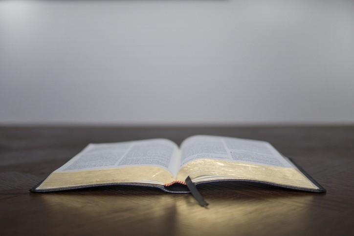 Face à la menace, réconcilier la foi et le bon sens