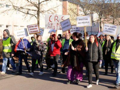 Violences policières : ce qui rapproche et différencie la France des États-Unis