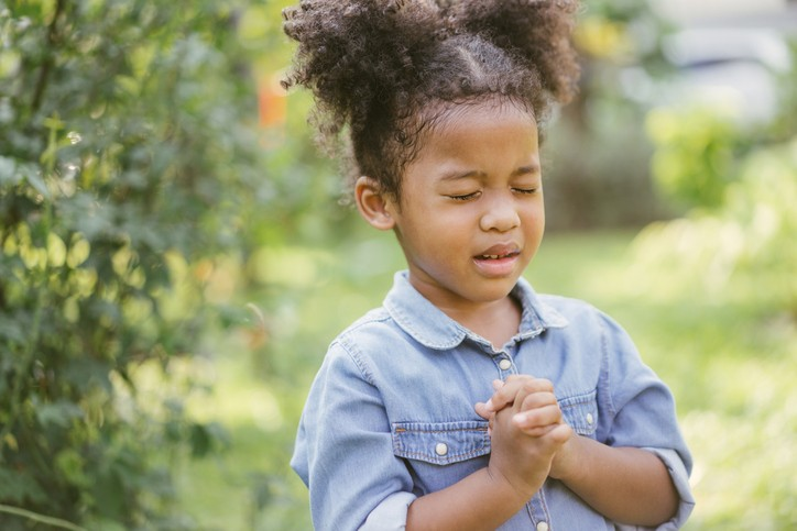 Dieu prête attention aux prières des enfants