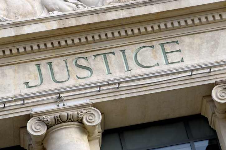 La justice n'est pas un tohu-bohu