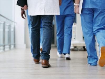 Olivier Véran annonce 33 mesures pour les hôpitaux