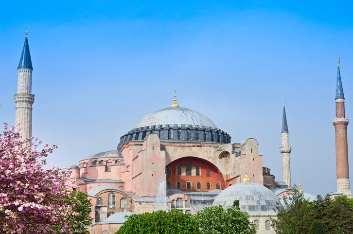 La Basilique Sainte-Sophie redevient une mosquée