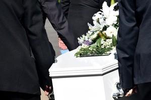 Peut-on parler de la mort en famille ?