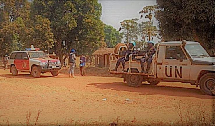 L'étau de Bangui, appels religieux à la paix