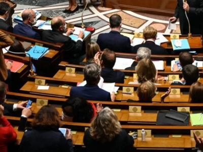 Séparatisme : les députés adoptent le projet de loi