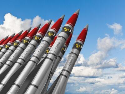 La bombe nucléaire fait-elle partie du passé ?