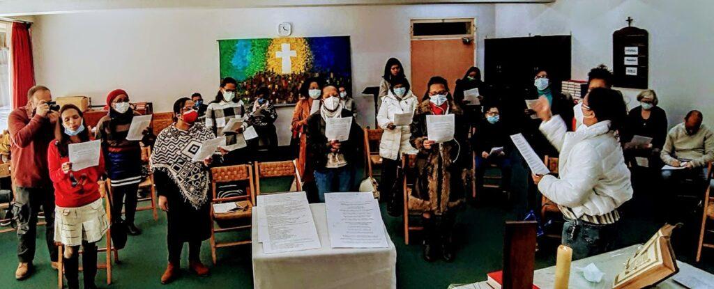 « Une église SDF qui survit grâce à l'hospitalité de ceux qui l'accueillent »