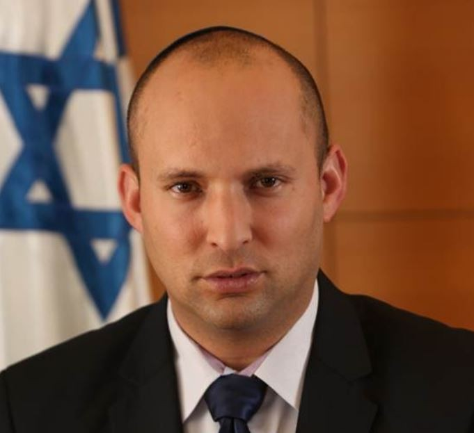 Naftali Bennett succède à Benjamin Netanyahu